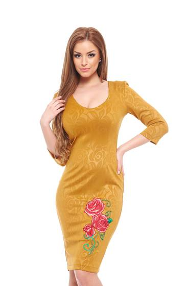 poze cu Rochie StarShinerS Brodata Rose Passion Gold