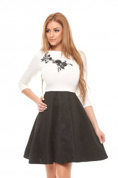 Rochie StarShinerS Modern Embroidery Black
