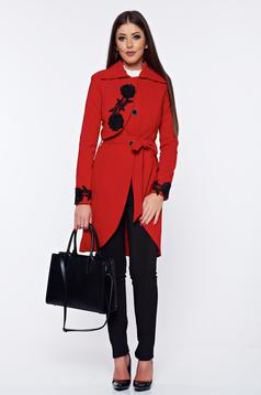 Palton Artista rosu elegant brodat in clos