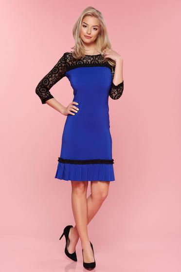 Rochie cu maneci din dantela LaDonna albastra si pliuri de material