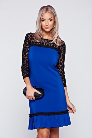 Rochie LaDonna albastra cu maneci din dantela cu pliuri de material