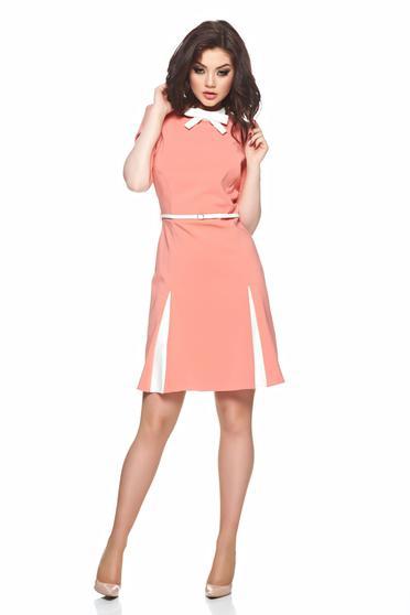 Rochie in clos PrettyGirl peach cu accesoriu tip curea