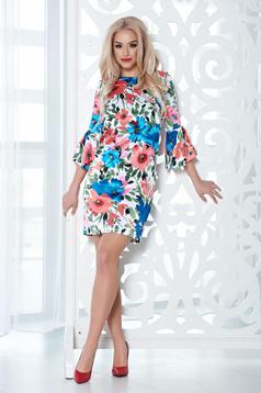 Rochie din material satinat StarShinerS corai cu imprimeuri florale