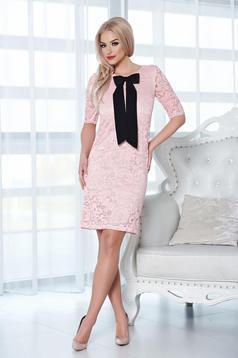 Rochie StarShinerS rosa eleganta din material dantelat