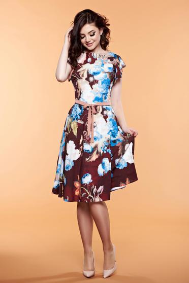 Rochie cu imprimeuri florale LaDonna maro accesorizata cu cordon