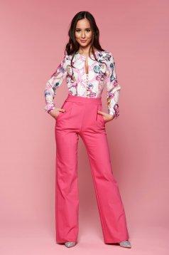 Salopeta de ocazie PrettyGirl roz cu imprimeuri grafice