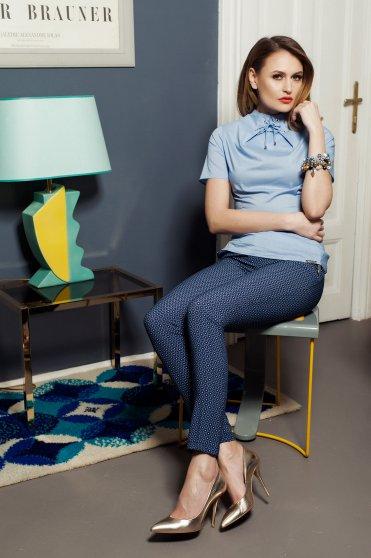 Bluza dama office PrettyGirl albastra-deschis cu maneca scurta