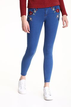 Blugi skinny Top Secret albastri cu insertii de broderie