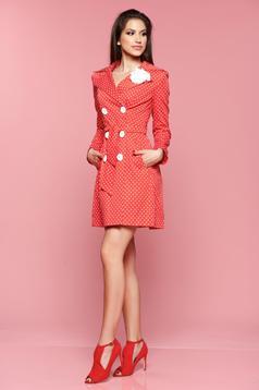 Trench cu buline LaDonna rosu cu brosa in forma de floare