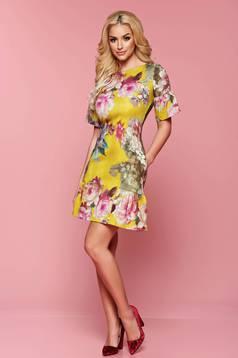 Rochie cu imprimeu floral Fofy galbena cu volanase la baza rochiei