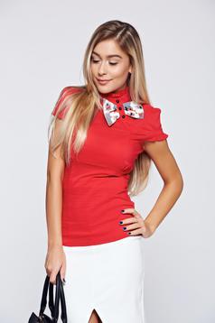 Camasa dama Fofy rosie cu maneca scurta cu accesoriu in forma de fundita