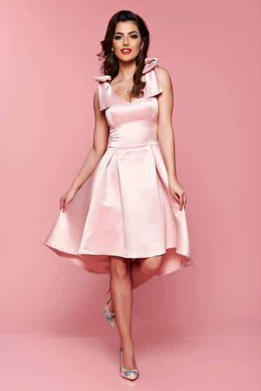 Rochie asimetrica Artista rosa cu push-up accesorizata cu fundite