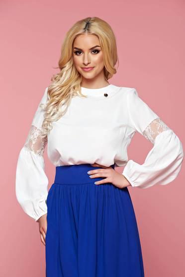 Bluza dama cu maneca lunga PrettyGirl alba cu aplicatii de dantela