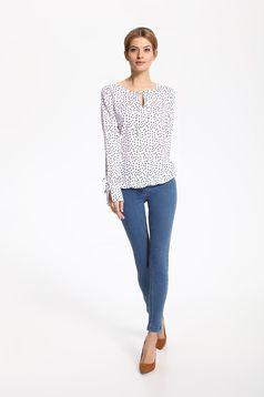 Bluza dama din material vaporos Top Secret alba cu imprimeuri cu buline