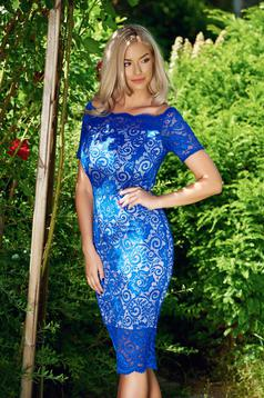 Rochie de ocazie pe umeri StarShinerS albastra din material dantelat