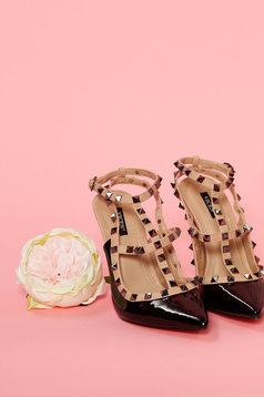 Pantofi cu varful usor ascutit negru cu tinte metalice