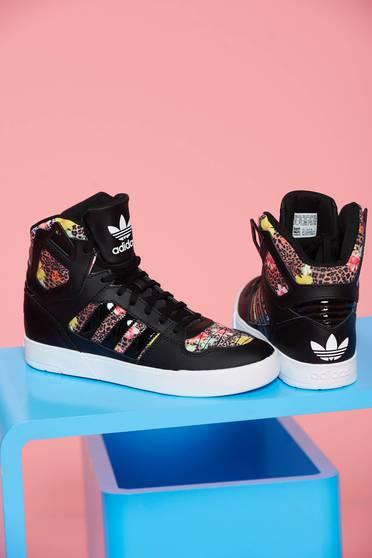 Pantofi sport cu siret Adidas Originals Zestra negru cu imprimeu tip animal print