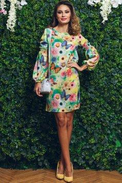 Rochie cu croi larg PrettyGirl verde cu imprimeuri florale