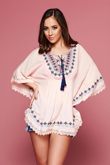 Bluza dama brodata cu croi larg piersica cu elastic in talie