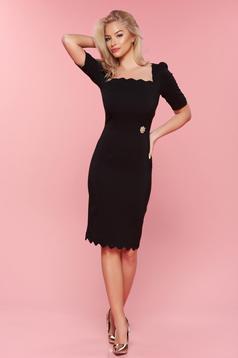 Rochie eleganta tip creion PrettyGirl neagra accesorizata cu pietre stras