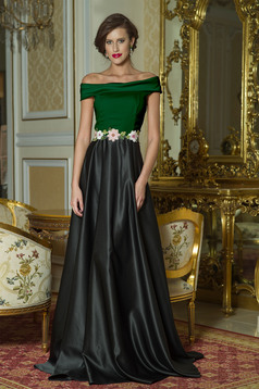 Rochie eleganta lunga Artista Neagra cu insertii de broderie