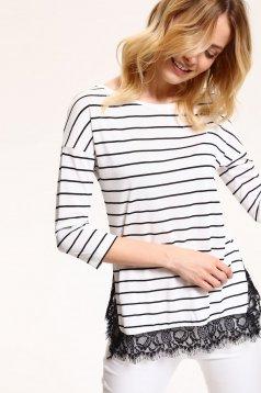 Bluza dama cu dungi Top Secret alba cu aplicatii de dantela