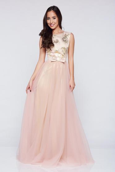 Rochie de ocazie lunga cu tul Fofy rosa cu accesoriu in forma de fundita