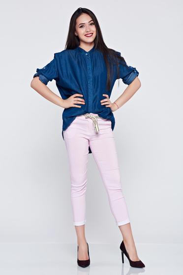 Pantaloni din material elastic cu buzunare roz cu dungi verticale