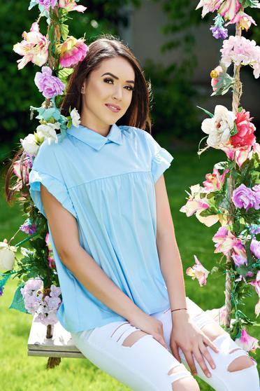 Camasa dama albastra-deschis din bumbac cu croi larg cu guler ascutit