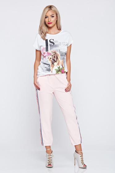 Pantaloni casual rosa cu elastic in talie