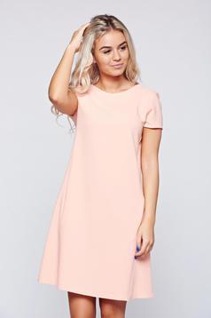 Rochie PrettyGirl rosa cu croi larg cu buzunare