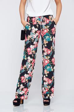 Pantaloni Festival Look by PrettyGirl negri cu imprimeuri florale cu buzunare