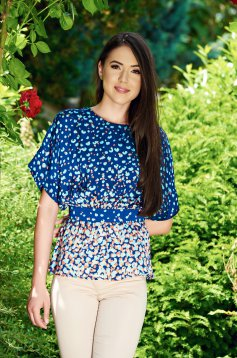 Bluza dama cu croi larg cu print PrettyGirl albastra din material vaporos