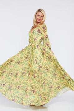 Rochie PrettyGirl galbena din material vaporos cu imprimeuri florale
