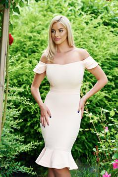 Rochie eleganta LaDonna piersica cu volanase la baza rochiei
