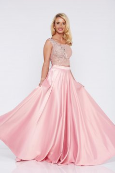 Set brodat elegant LaDonna rosa din material satinat