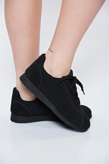 Pantofi sport negri cu talpa usoara cu siret
