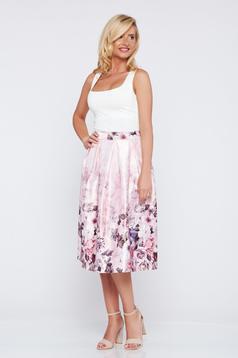 Fusta eleganta in clos rosa cu imprimeu floral