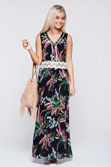 Rochie neagra lunga cu croi larg cu imprimeuri florale