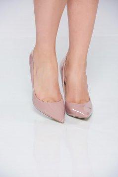 Pantofi cu toc inalt eleganti crem cu varful usor ascutit