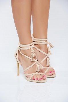 Sandale crem cu toc inalt din piele ecologica intoarsa cu bretele