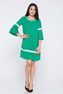 Rochie eleganta cu croi larg LaDonna verde cu maneci clopot