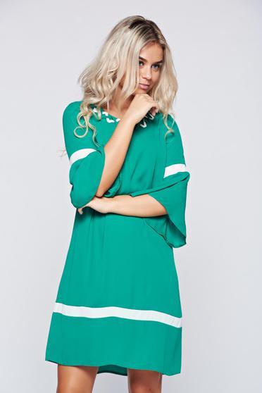 Rochie LaDonna verde eleganta cu croi larg cu maneci clopot