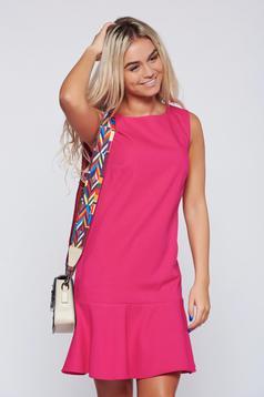 Rochie Top Secret roz-inchis cu croi larg cu volanase la baza rochiei