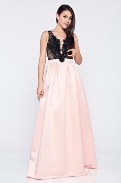 Rochie de ocazie in clos LaDonna roz cu decolteu