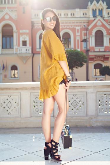 Bluza dama casual cu croi larg galbena din material vaporos