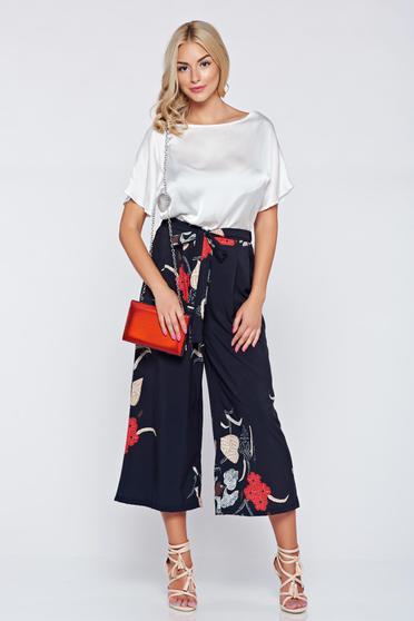 Pantaloni casual cu croi larg negri cu imprimeuri florale