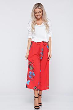 Pantaloni casual cu croi larg rosii cu imprimeuri florale
