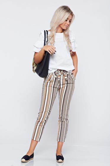 Pantaloni conici cu dungi verticale maro cu buzunare