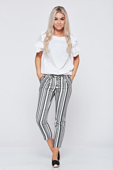 Pantaloni conici cu dungi verticale negri cu buzunare